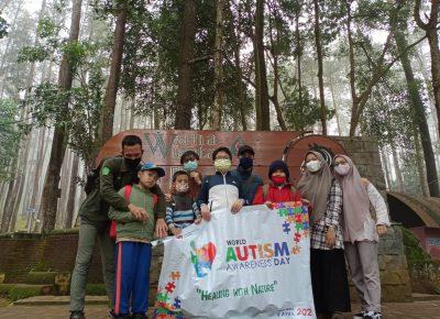 Jaga Kondisi Fisik dan Mental Siswa ABK, SD Plus Al-Ghifari Lakukan Forest Bathing di Kaki Gunung Manglayang